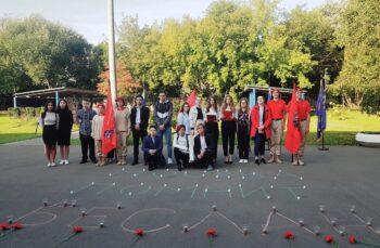 Ученики старших классов и юнармейцы провели митинг «Свеча Памяти. Москва помнит Беслан»