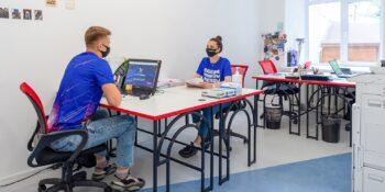В школах возобновляют волонтерские программы для учеников