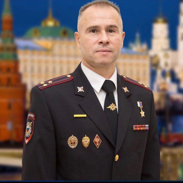 Разговор в прямом эфире: московские школьники встретились с Героем Российской Федерации Александром Головашкиным