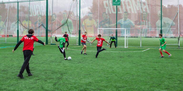 «Классный розыгрыш»: стартуют соревнования по мини-футболу среди московских школ