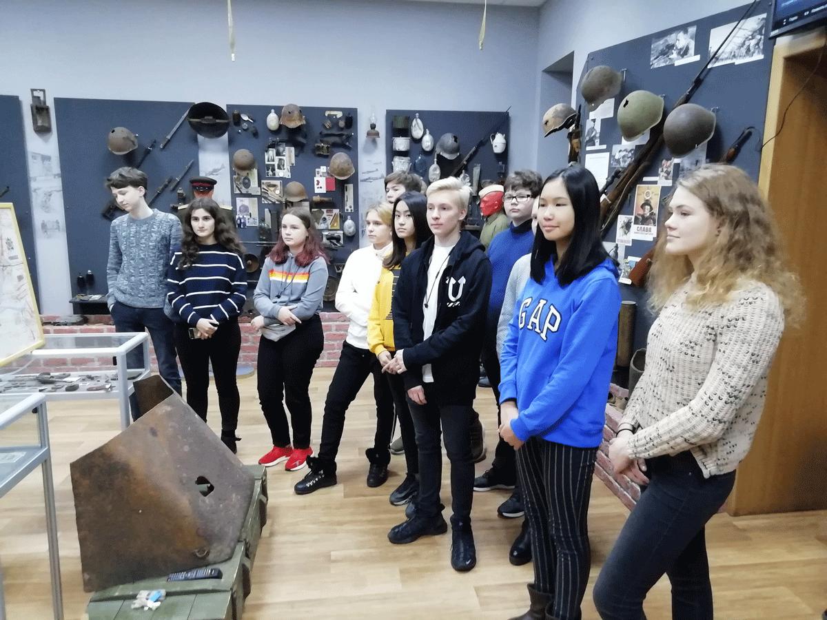 Школа № 627 им. Дмитрия Даниловича Лелюшенко