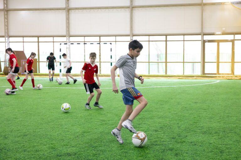 Ученики школы № 1570 встретились с игроками мини-футбольного клуба «Спартак»