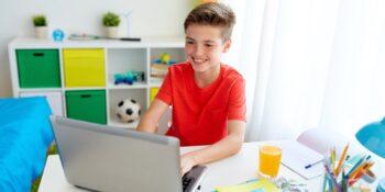 От футбола до фигурного катания: более 120 тысяч школьников присоединились к спортивным онлайн-проектам